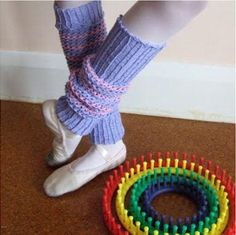 Loom Knit Leg Warmers | This leg warmers knitting pattern is cute and easy!