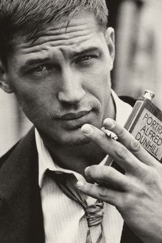 Tom Hardy / Holy Fandoms / Pinterest