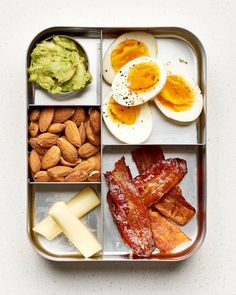 Diet Recipes 10 Easy Keto Lunch Box Ideas — A Lunch Box for Everyone - High-fat, low-carb meals you'll love. Easy Keto Meal Plan, Low Carb Meal Plan, Low Carb Lunch, Low Carb Keto, 7 Keto, Meal Prep Low Carb, Carb Free Lunch, Keto Meals Easy, Easy Diets