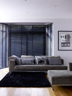 Czarne żaluzje./ Our Black Magic Venetian blind has everything you need to bring a touch of moody minimalist style to your home. http://www.web-blinds.com/