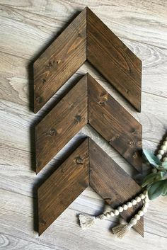 These wooden arrows come as a set of three. They make the perfect addition to a gallery wall! Great for any space in your home that you'd like to add a touch of rustic. Decorative Arrows, Chevron, Wooden, Farmhouse Decor, Gallery Wall, Rustic Wall Decor, Nursery decor, Living room home decor #ad