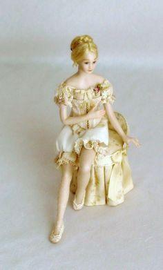 Luisa by Crinolina miniatures
