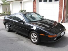 Black Toyota MR2