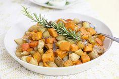 Pääsiäinen – menu neljälle – Hellapoliisi Sweet Potato, Menu, Potatoes, Vegetables, Food, Menu Board Design, Potato, Veggies, Vegetable Recipes