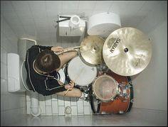 Pour devenir un top bon musicien tu dois absolument te forcer à pratiquer tout le temps