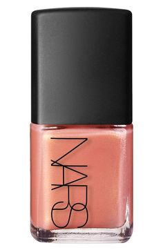 Swooning over this gorgeous nail color that would make for a fabulous manicure.
