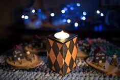 Βάση ρεσό ψηλή, μιας θέσης, ρόμβοι, μπρονζέ και μαύρο Tea Lights, Christmas Decorations, Candles, Tea Light Candles, Candy, Candle Sticks, Christmas Decor, Christmas Tables, Christmas Jewelry