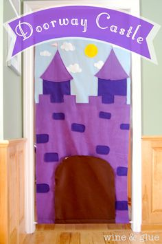 This is adorable!  Maybe with the help of my mom I could pull this one off later down the road. ;) Wine and Glue: Doorway Castle