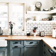 This kitchen by @farmhouselinen has me like So glad I came across her feed this past week. Inspiration galore to take away from her lovely home! She's my #onetofollow on this gloomy Saturday. Happy October, all!