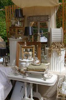Vintage booth display - Retreat