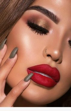 Cool 100+ Special Occasions Makeups