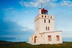 Todos os tamanhos | Iceland - Dyrhólaey: Guide with a View | Flickr – Compartilhamento de fotos!