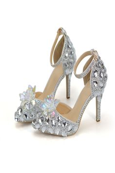 Pointed Toe Bride Wedding Shoes Cinderella Prom Pumps Ankle Strap Buckle Shoes Silver Rhinestone Bridesmaid Shoes Plus Size 10 Davids Bridal Shoes, Best Bridal Shoes, Wedding Shoes Bride, Bride Shoes, Wedding Gold, Bridal Shoes Wedges, Girls Designer Dresses, Fashion Models, Sexy Sandals
