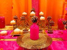 "Boda al estilo ""Bollywood"" India Theme Party, Bollywood Theme Party, Cocktail Party Themes, Dinner Themes, Indian Theme, 40th Birthday Parties, Deco, Party Ideas, Fundraising Ideas"