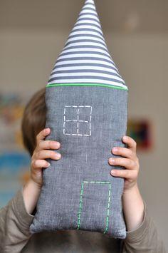 Petit coussin maison fluo touch cushion - fikOu miKou