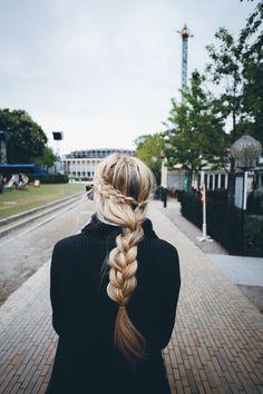Barefoot Blonde - triple braids