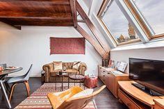 Una #mansarda con un tocco #vintage a Barcellona #design #attic #living