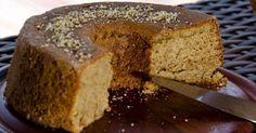 Maravilhoso bolo de aveia light! Uma delícia… Não engorda… E é tão fácil de fazer! Além de ser delicioso, essa receita é super leve e não engorda! Você é apaixonada por bolo, mas fica se proibindo de comer por causa do medo da balança? Então hoje nós trouxemos para você a solução para esse problema! …