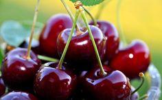 La frutta di maggio: 10 benefici delle ciliegie.Oggi approfondiamo le proprietà di un frutto di stagione come le ciliegie...
