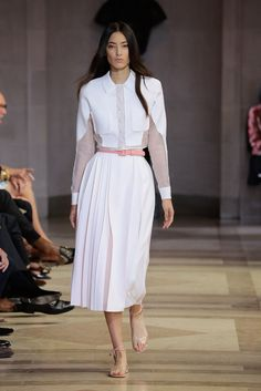 Carolina Herrera Spring Summer 2016 - Preorder now on Moda Operandi