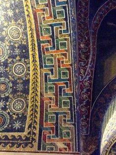 """""""Steinchen für Steinchen: Mosaikkultur in Ravenna"""" by @casowi"""