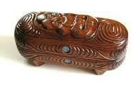 """The New Zealand Maori Wakahuia is a Treasure or Feather Box. word ( pronounced wah-car-hoo-ee-ah) comes from the words """"waka"""" meaning container. Treasure Boxes, Abalone Shell, Jewel Box, Wooden Boxes, Hand Carved, Decorative Bowls, Feather, Container, Carving"""