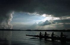 Rowing is a pain contest. Coxswain, Rowing Crew, Cox And Cox, Niagara Falls, The Row, Boat, Sports, Travel, Life