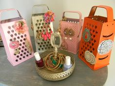 Spray paint a cheese grater to make your own adorable earring hanger!