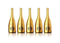 MAZE Champagne and Vodka on Packaging of the World - Creative Package Design Gallery Vodka, Wine Label Design, Bottle Design, Olives, Design Awards, Design Trends, Packaging Design Inspiration, Maze, Champagne