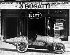 Autre vue d'une Bugatti Type 30 carénée du Grand Prix de l'ACF (Strasbourg 1922).