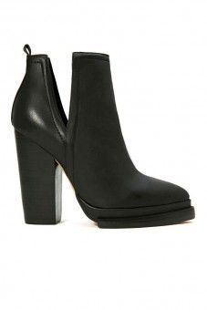 Winter boots 2014 - Jeffrey Campbell. So hot!