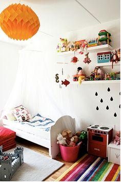 Gotas de lluvia y alfombra Strib de Ikea