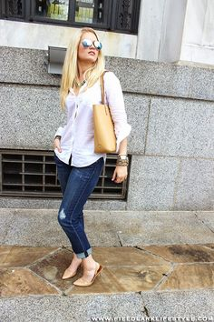 Love these jeans?!? Grab a pair at Wynnifred Style Studio today!