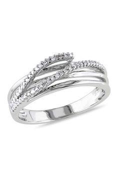 Crisscross Triple Shank Ring