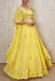 Shop Latest Mirror Work Lehengas From These Designers - With Prices! - Looking for Latest Mirror Work Lehengas to wear to your pre-wedding function? Check out 5 designers who have mirror work lehenga collection with prices Party Wear Indian Dresses, Indian Fashion Dresses, Indian Gowns Dresses, Dress Indian Style, Indian Designer Outfits, Indian Outfits, Latest Wedding Dresses Indian, Pakistani Clothing, Indian Designers