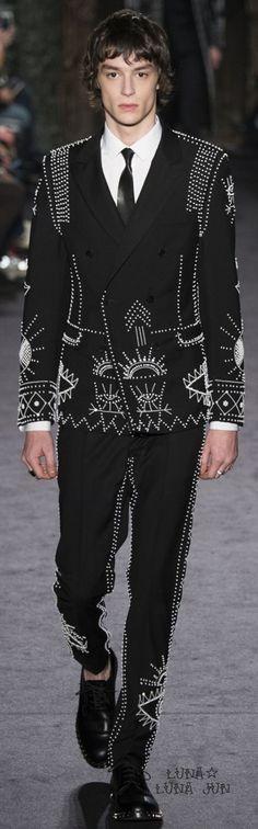 Valentino Fall 2016 Menswear