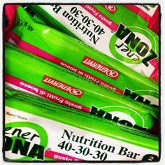Nella nostra farmacia è possibile trovare un ampio assortimento di prodotti della linea ENERZONA  #farmaciaallamadonna #farmacia #mestre #enerzona #dieta #sport #salute #benessere #bellezza