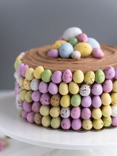 Delicious Desserts, Yummy Food, Easter Treats, Easter Cake, Just Eat It, Sweet Pastries, Cake Bars, Vegan Cake, Piece Of Cakes