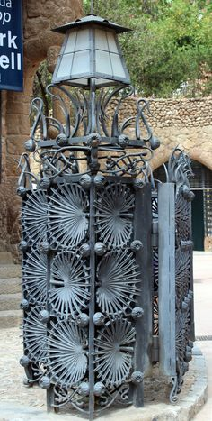 Park Guell. Antoni Gaudi. Barcelona,Catalonia Art Nouveau, Art Deco, Barcelona Architecture, Amazing Architecture, Art And Architecture, Architecture Details, Antonio Gaudi, Parc Guell, Barcelona Catalonia