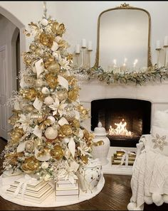 Are you ready for Christmas inspiration? Take a look at our fabulous Christmas tree and Christmas decoration ideas. These fabulous Christmas ideas