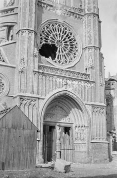 A view of damage to Ypres cathedral, 1915