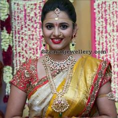 South Indian Bridal Jewellery - Jewellery Designs #GoldJewellerySouthindian