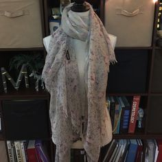 Polka Dot Lightweight Summer Scarf Pretty and light weight! Polka dot and floral never worn! Accessories Scarves & Wraps