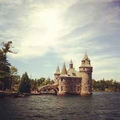 boldt castle near kingston, ontario will have to wait until the spring Places Around The World, Around The Worlds, Places To See, Places Ive Been, Kingston Ontario, Canada Eh, Thousand Islands, Travelogue, Canada Travel