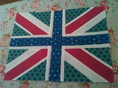 Dandelion Daydreams: Union Jack Block tutorial Strip piecing tutorial