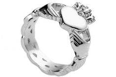 Irish Ring Claddagh Rings for women. (Size 6) Stainless Steel - Lovers Heart Celtic rings for women with Triquetra ring jewelry design - Irish gifts (6) C&D Jewelry,http://www.amazon.com/dp/B00654MN6O/ref=cm_sw_r_pi_dp_8OpXsb1SEPQRKBEZ