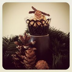 Pecan pie edible pie crust acorn cupcake
