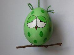 Osterei grüne Eule