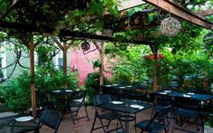 Pittsburgh's 4 Most Underrated Outdoor Eating Spots You Need to Visit This Summer