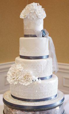 Chantilly lace wedding cake